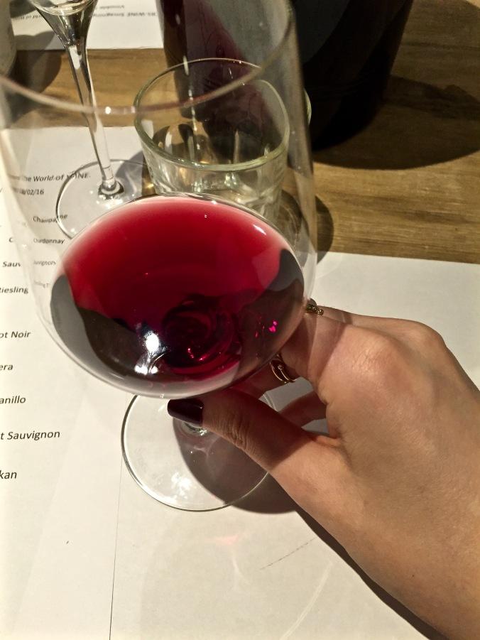 Winetasting_Red