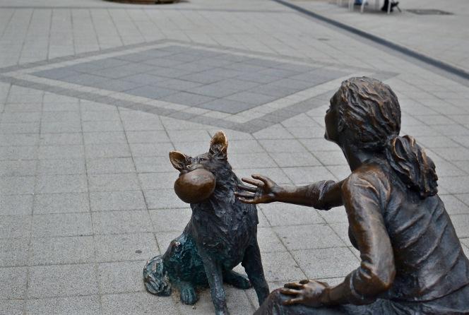 Statue_dog