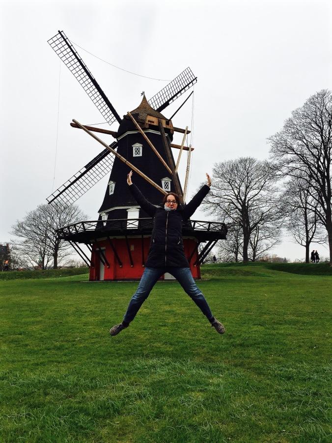 Kastellet_Windmill_Jump
