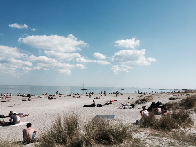 Beach_people_sea