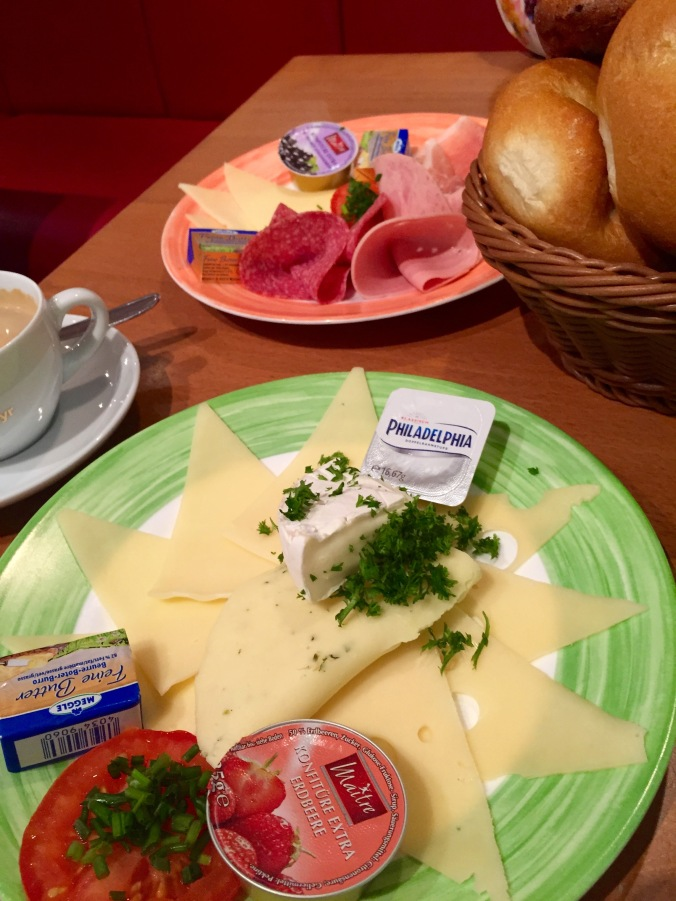 Travelling_Breakfast