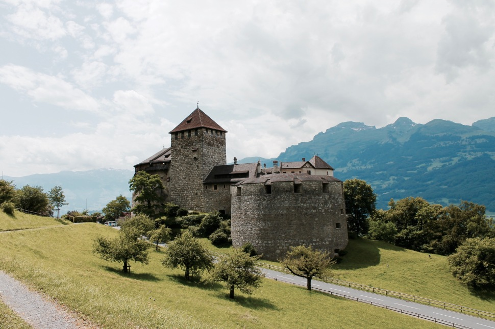 liechtenstein_castle_full