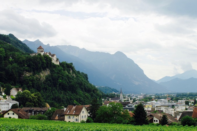 liechtenstein_castle_wine