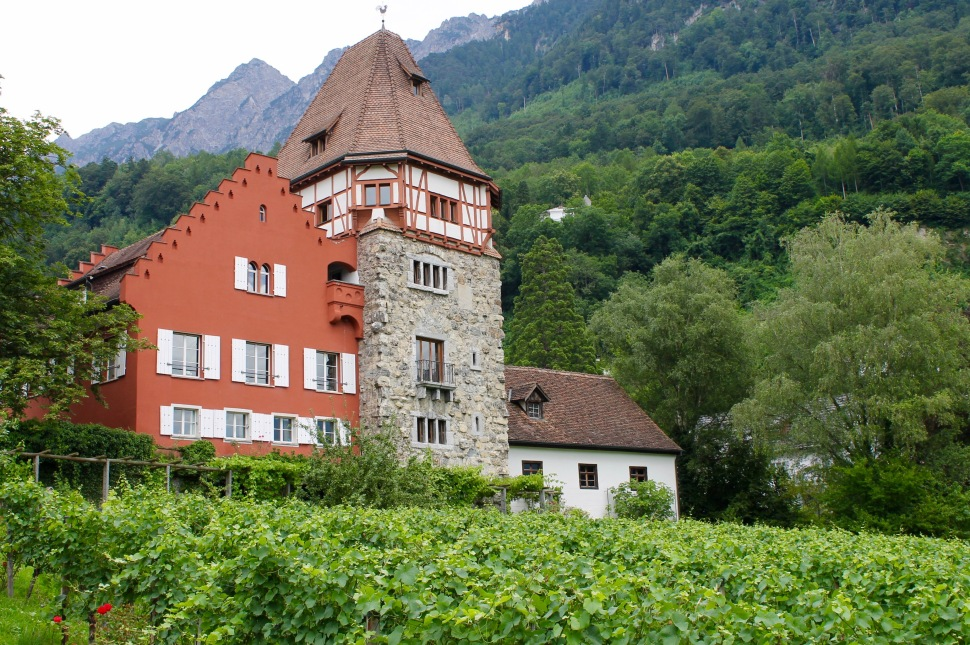 liechtenstein_red house