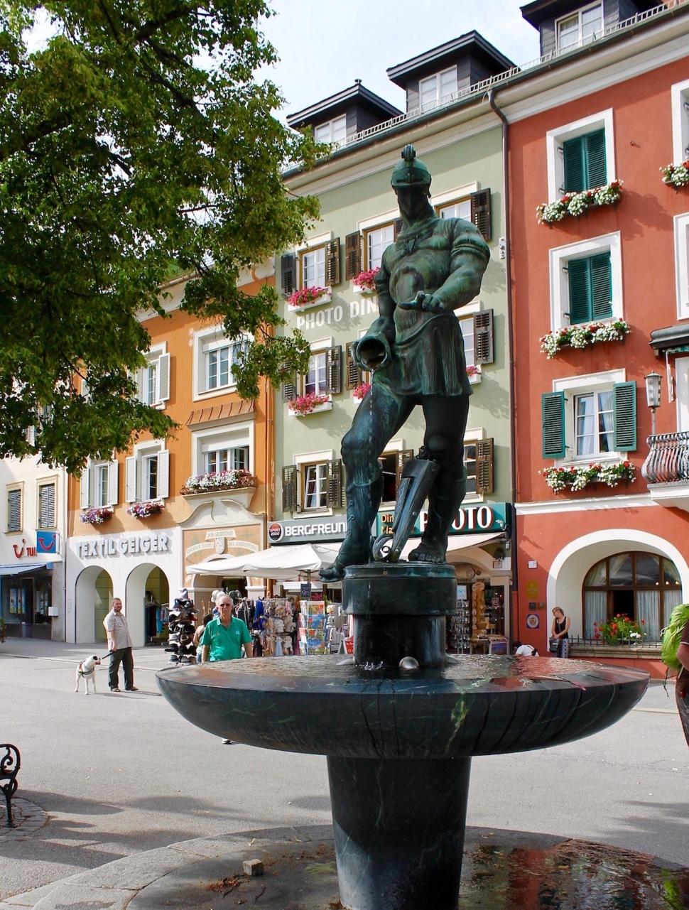 Lienz_fountain