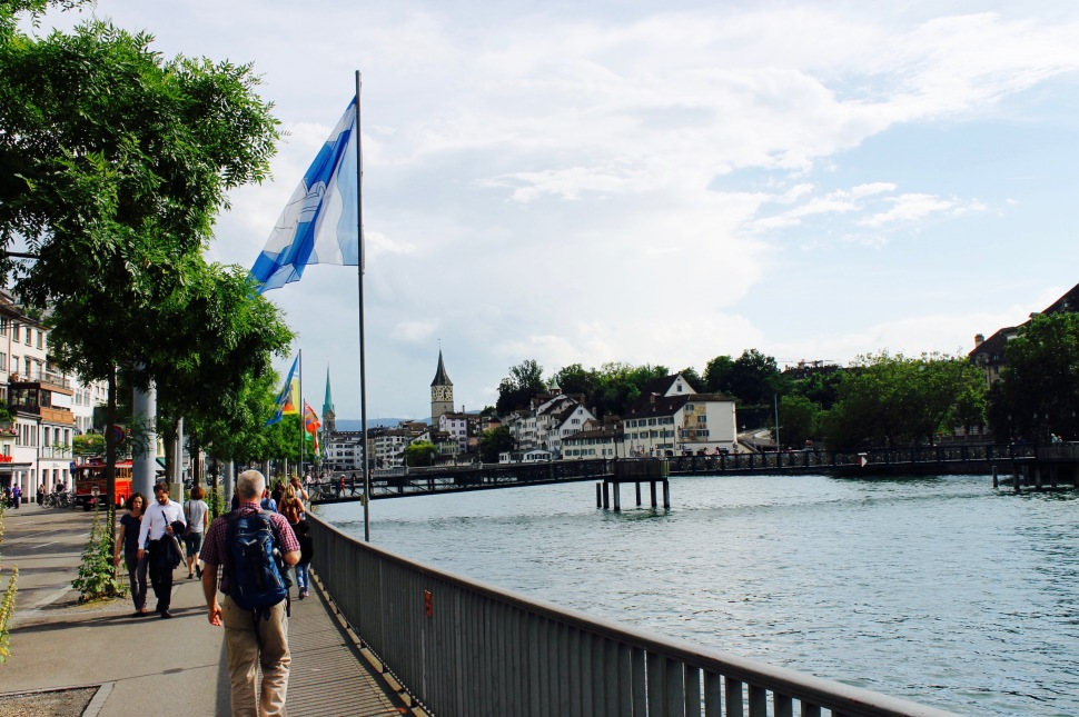 1_zürich_city_sun_river.jpg