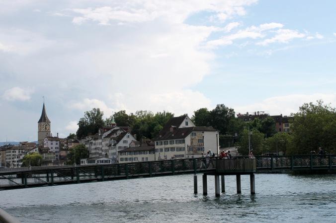 2_zürich_city_sun_bridge