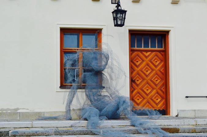 Brno_castle_figure