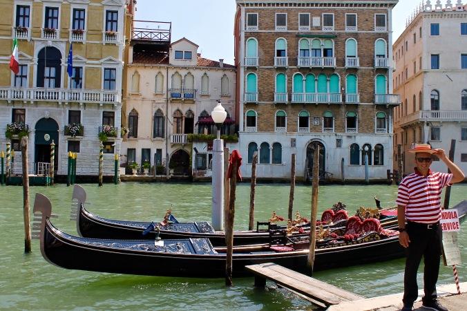 venice_canal grande_gondola