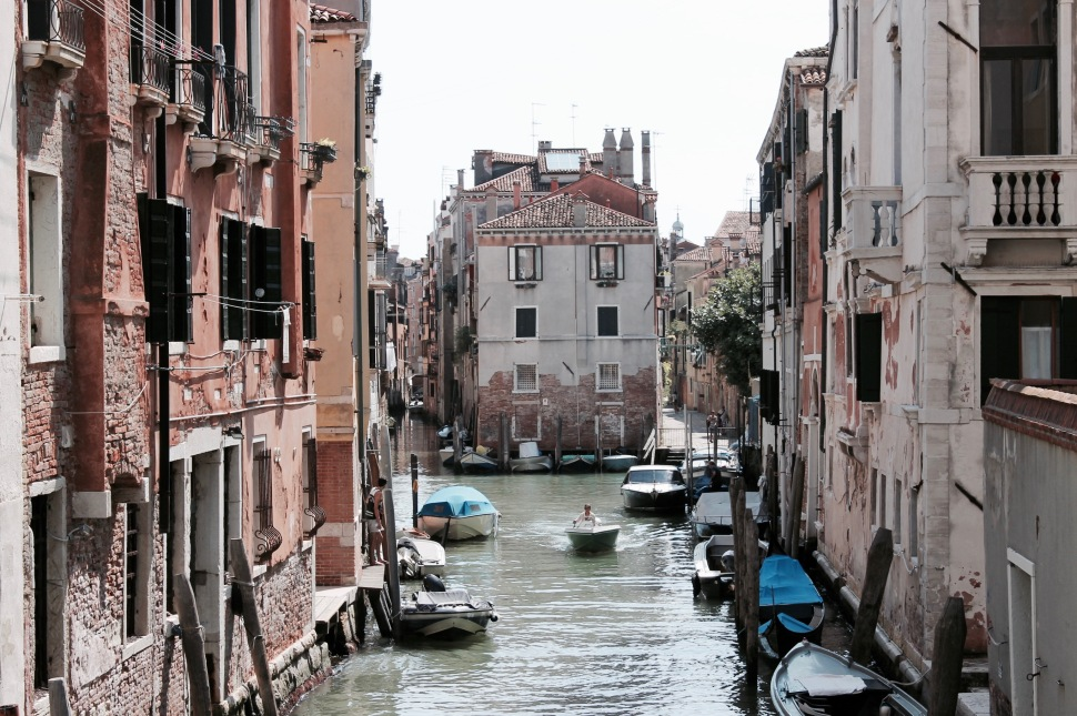 venice_canal_boat