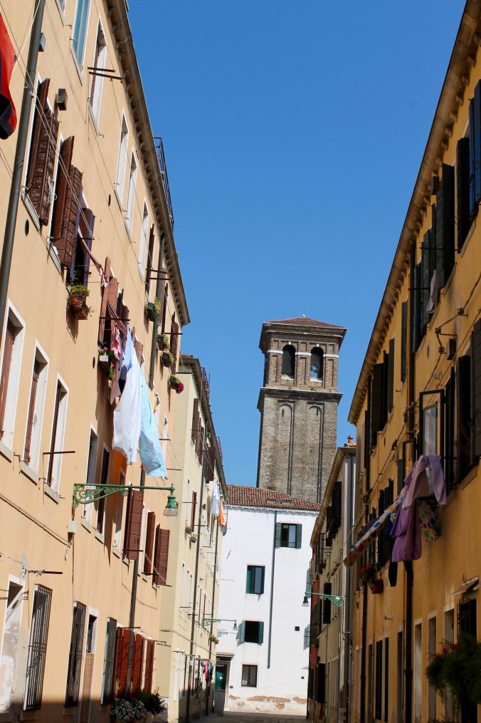 venice_tower_clothes