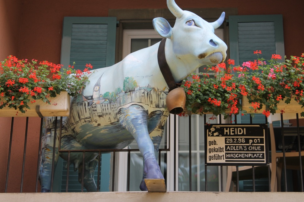 zürich_city_cow