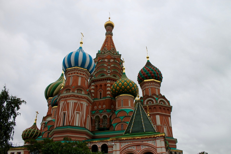 red_square_cathedral_basil_front