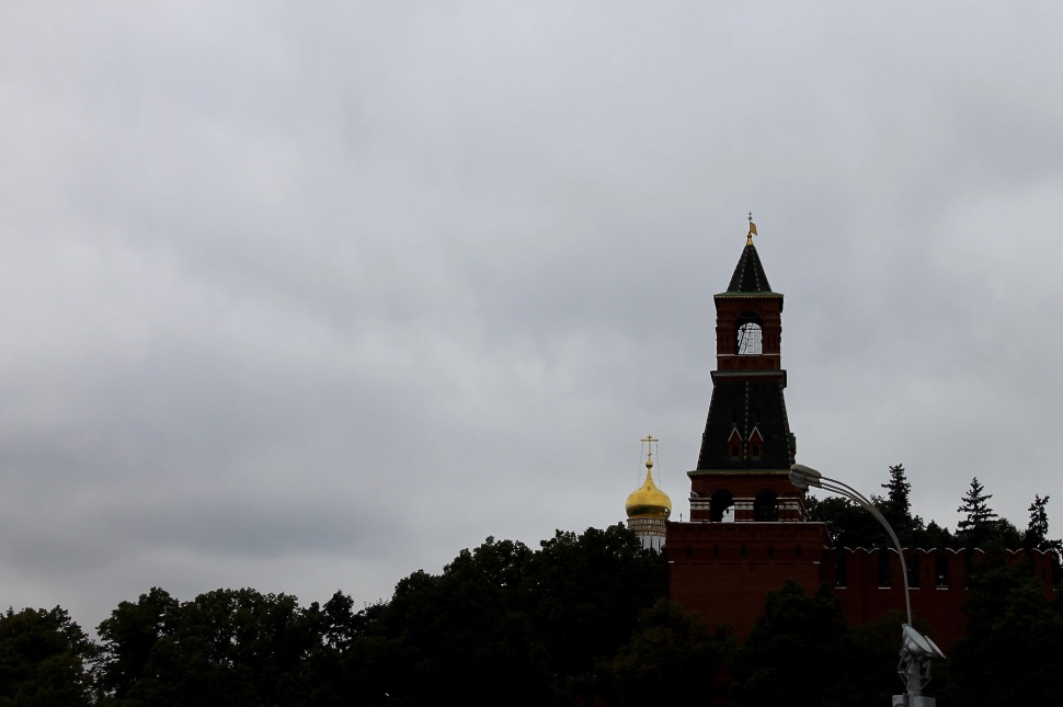 red_square_kremlin_tower