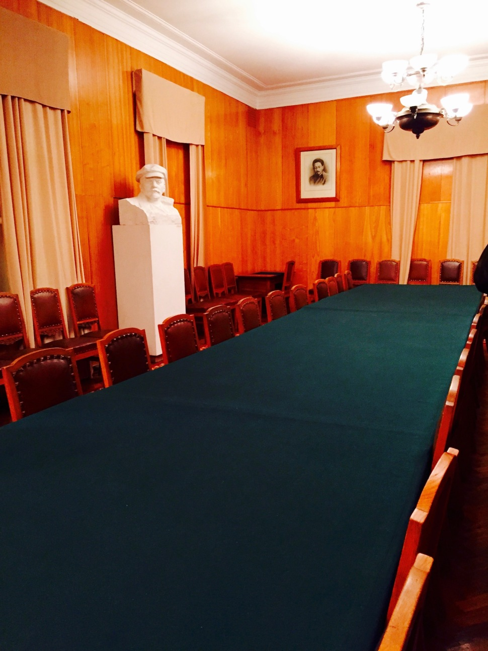 cabinet_gorki_leninskiye_2