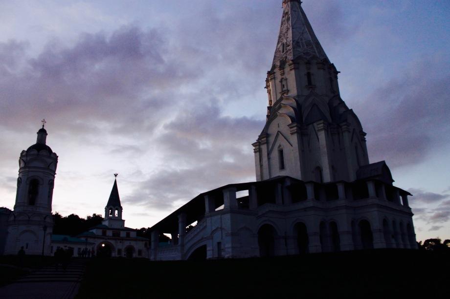 kolomenskoye_church_evening