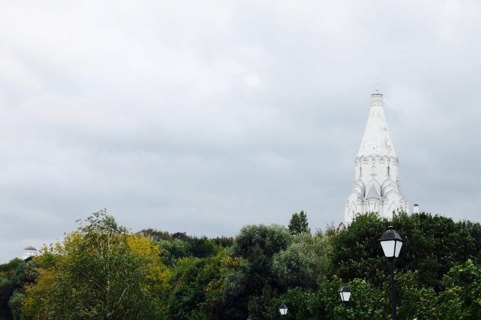 kolomenskoye_church_faraway