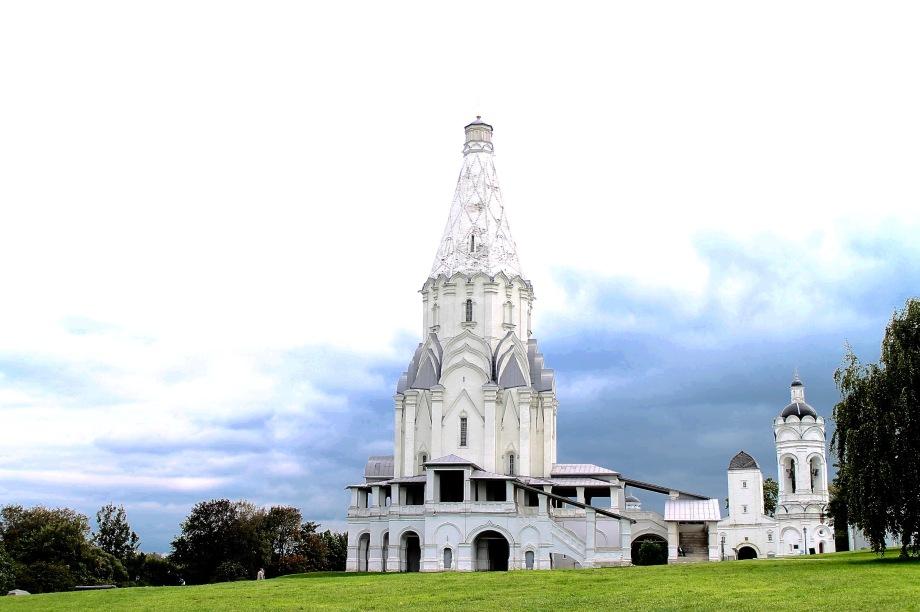 kolomenskoye_church_sky