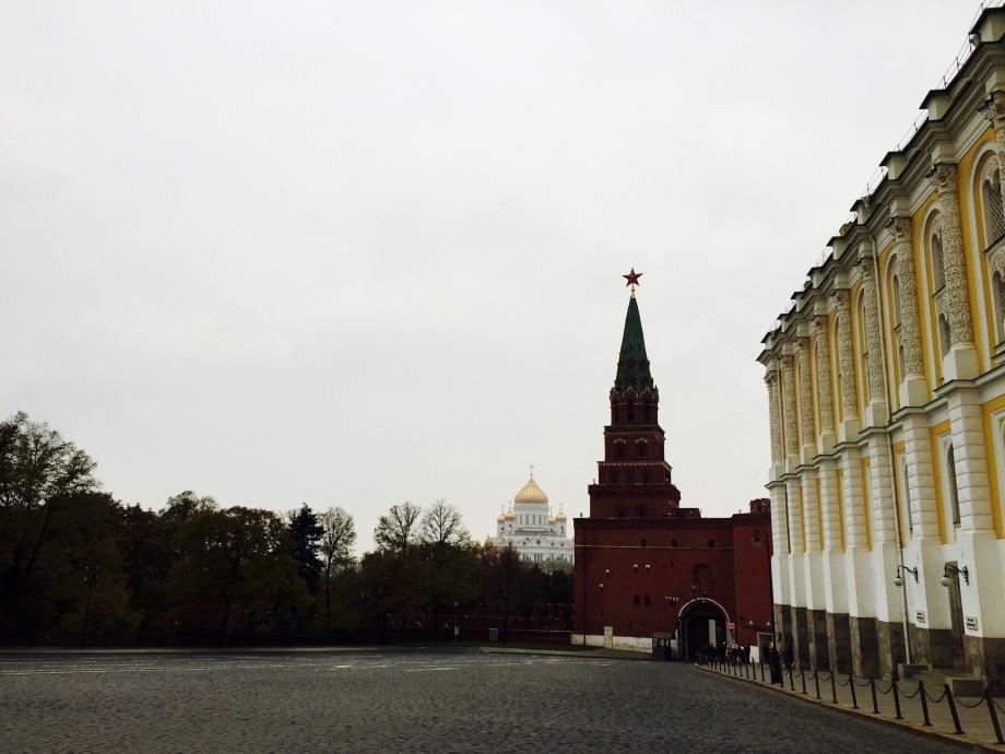 kremlin_other-entrance
