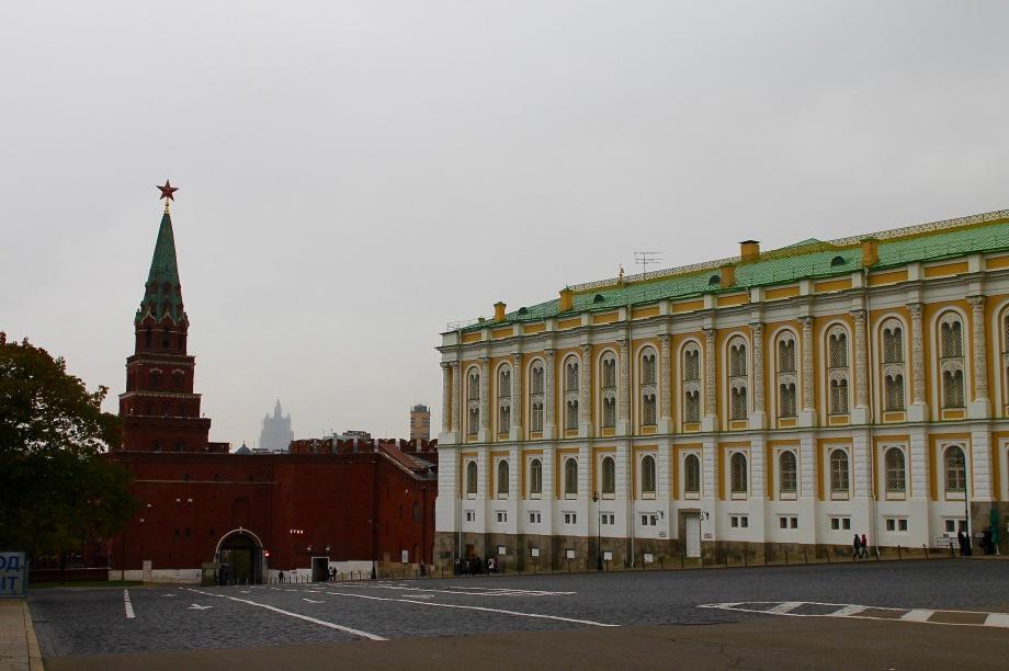 kremlin_other-exit_tower