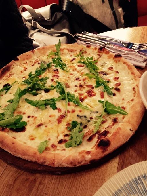 food_jamie-olivers_pizza