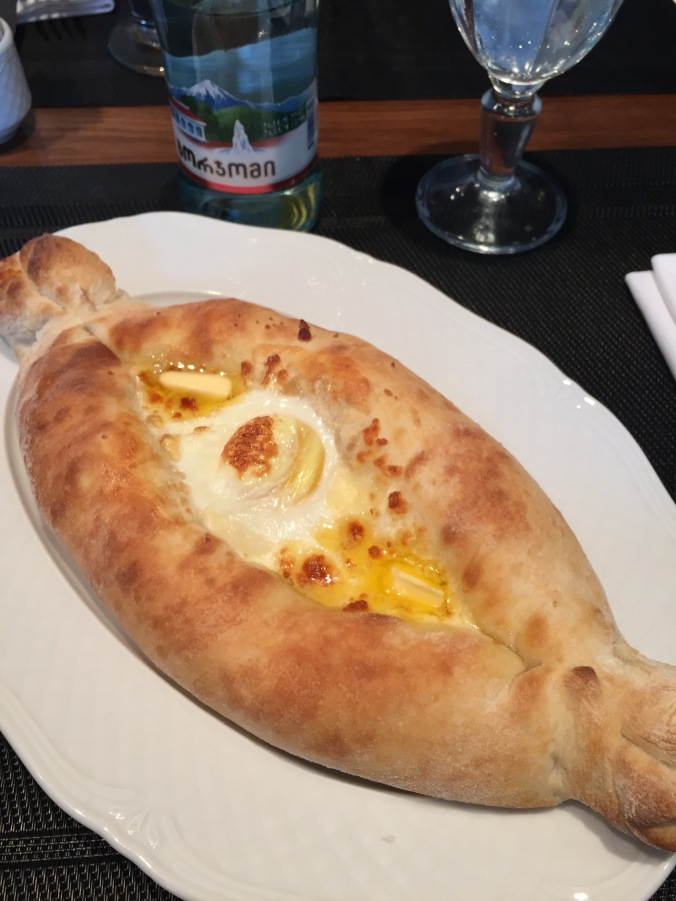 food_khachapuri