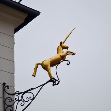 Burgenland_Eisenstadt_city_street_sign