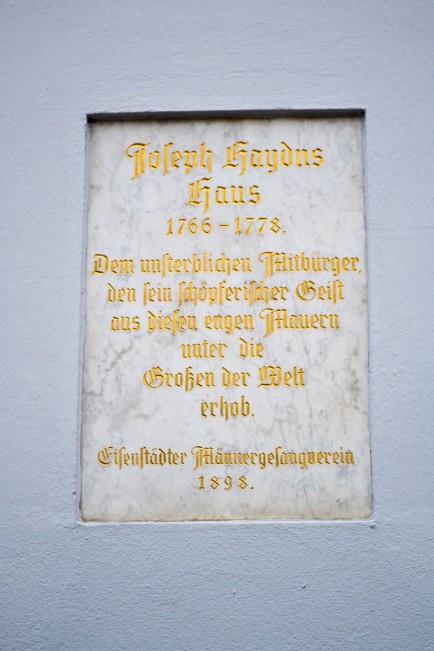 Burgenland_Eisenstadt_haydn house_sign