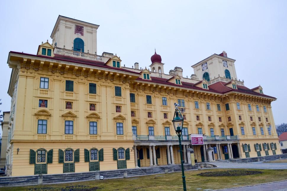 Burgenland_Eisenstadt_palace_front