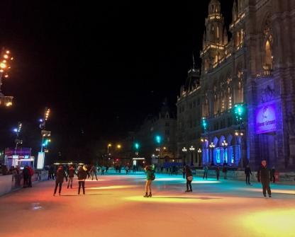 ice-skating_vienna_evening_11