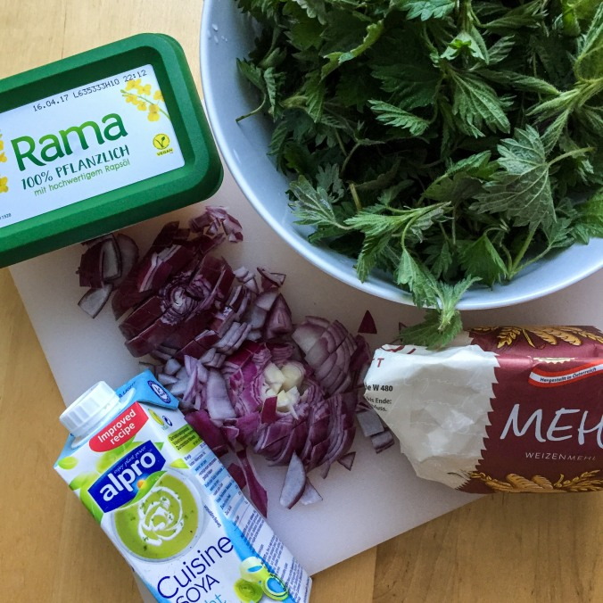 Food_spring_spinach_ingredients.jpg
