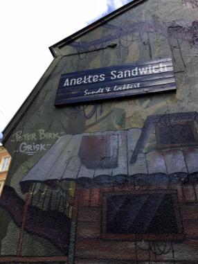 Aarhus_food_sandwich_graffiti