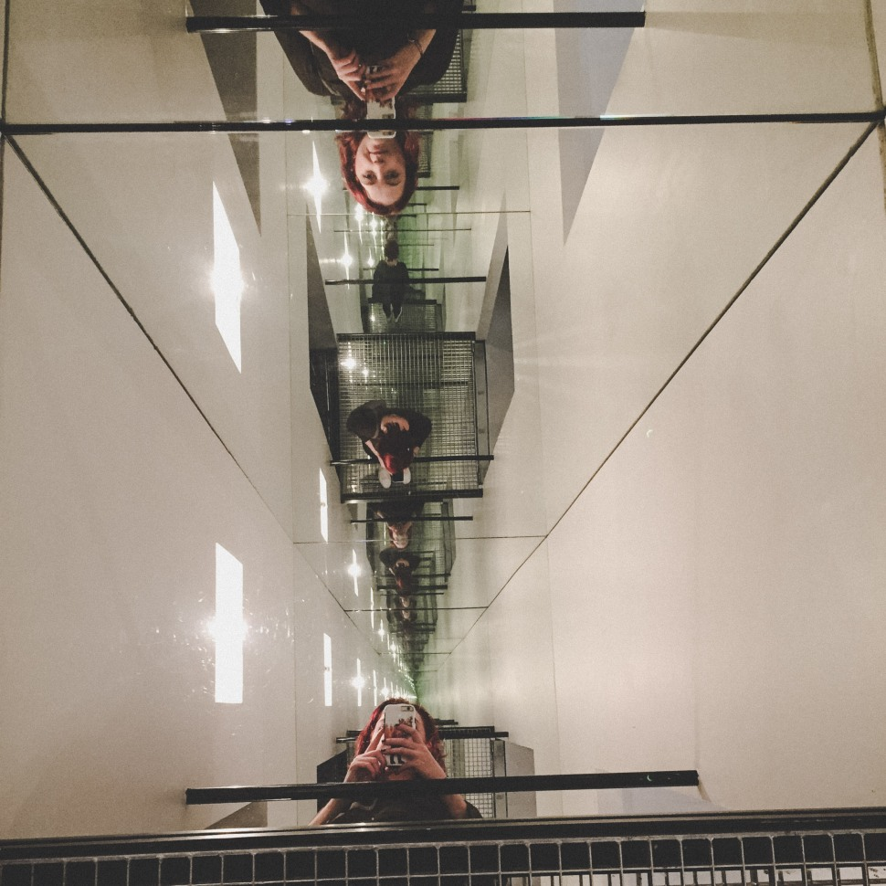 Aarhus_Aros_exhibition_garden_mirrors2