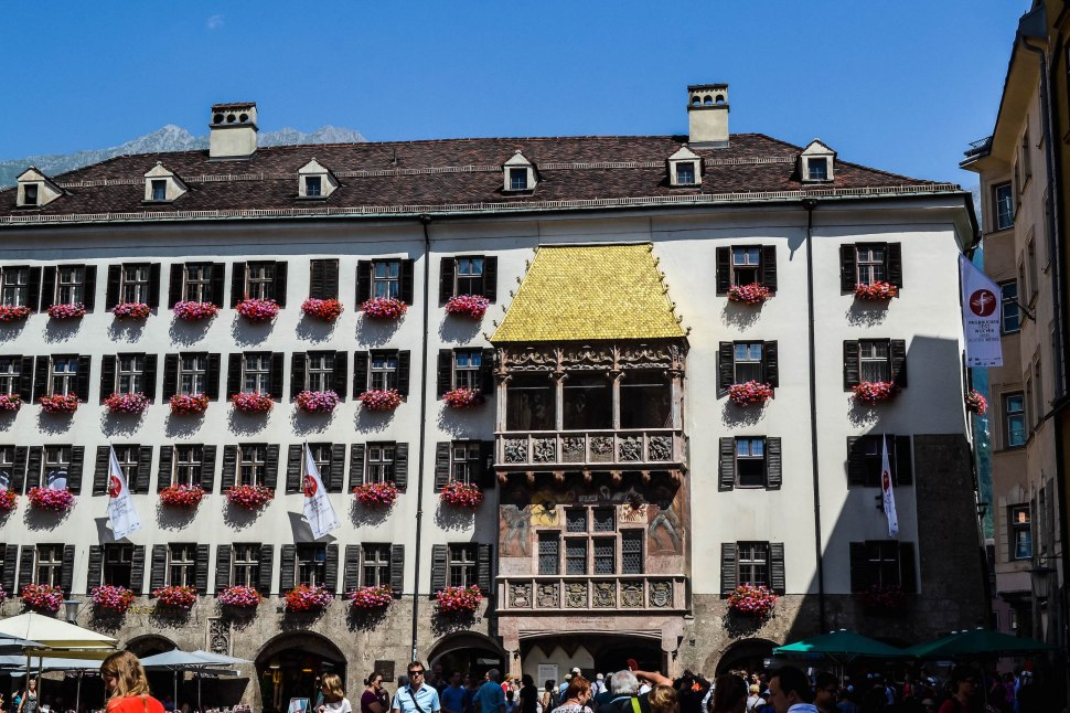 Innsbruck_city_golden roof