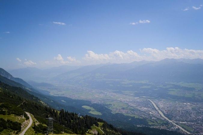 Innsbruck_nordkette_view_1