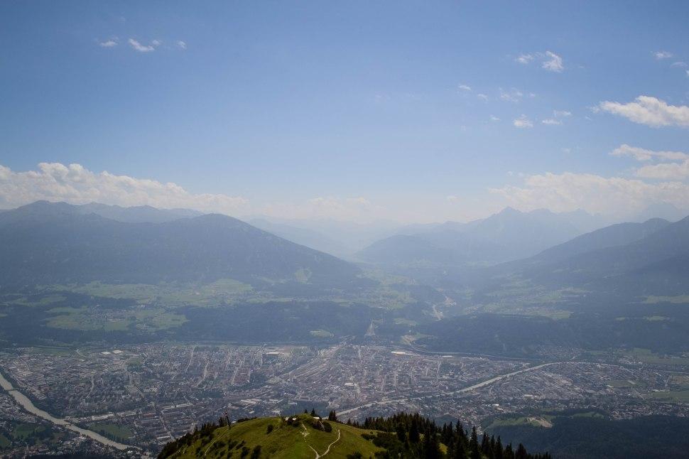 Innsbruck_nordkette_view_3