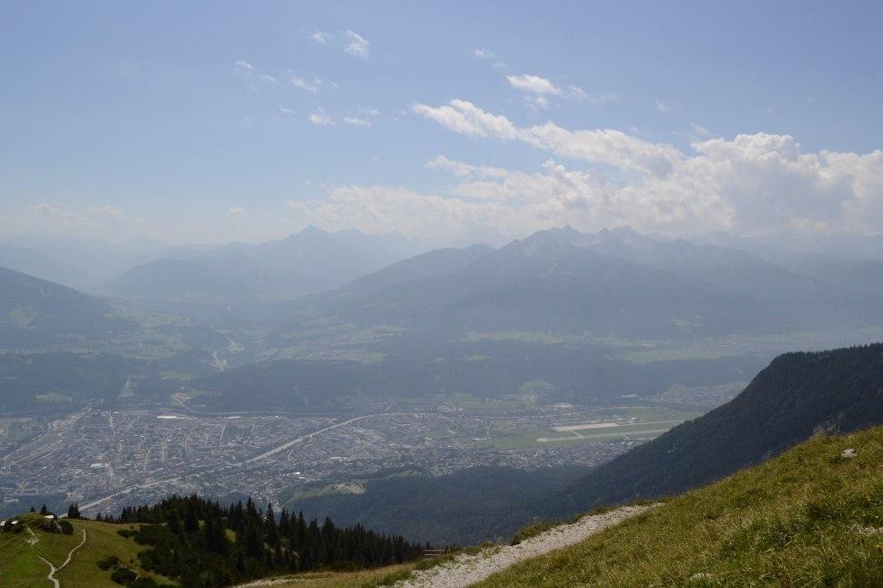 Innsbruck_nordkette_view_4