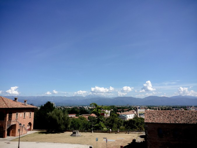 Udine_sights_castle_view.jpg