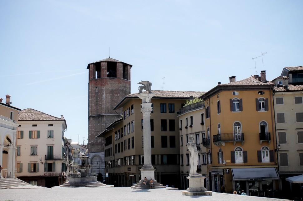 Udine_sights_piazza della liberta_piazza_square