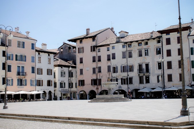 Udine_sights_piazza san giacomo_square_