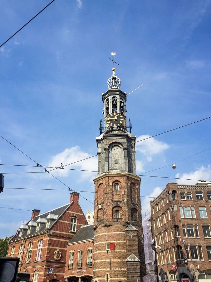 Amsterdam_city_sights_munttoren