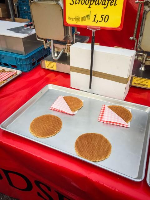 Amsterdam_market_waffles