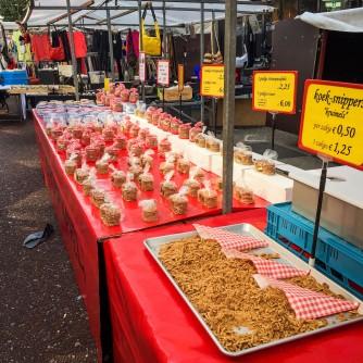 Amsterdam_market_waffles_