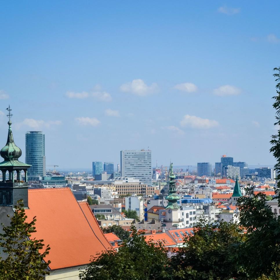Bratislava_castle_view