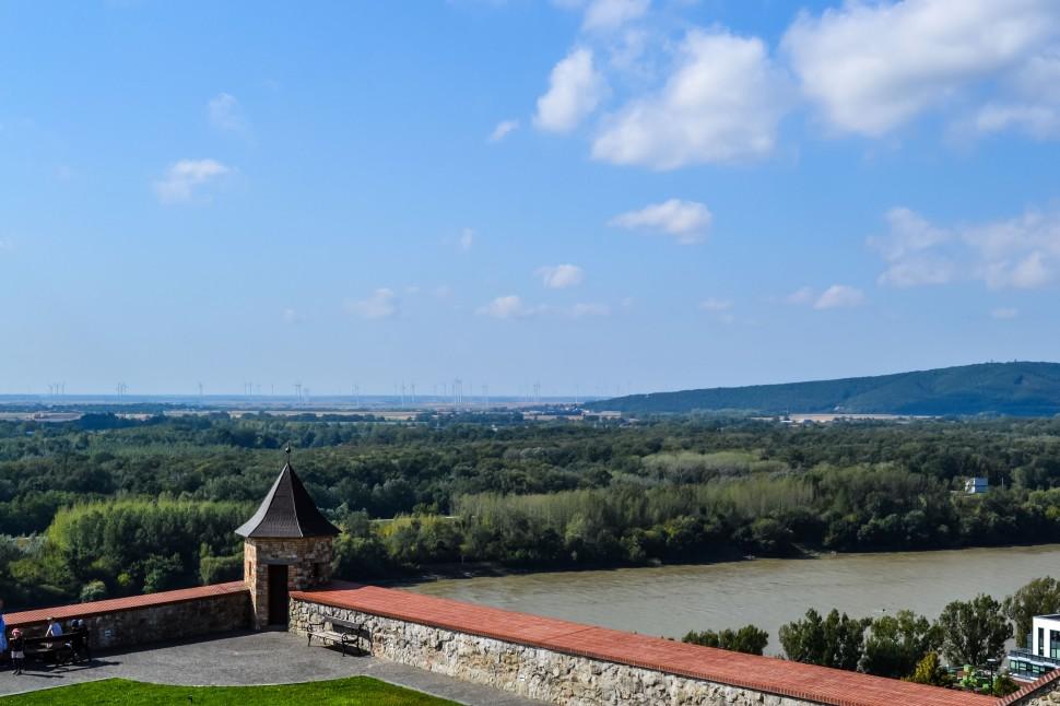 Bratislava_castle_view_austria