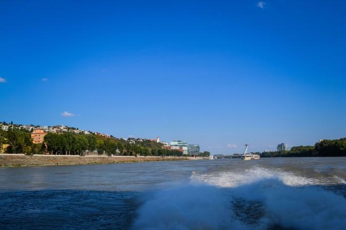 Bratislava_danube_boat