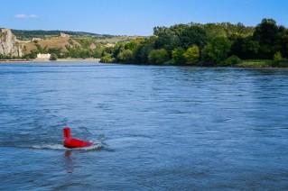 Bratislava_danube_boat_blue