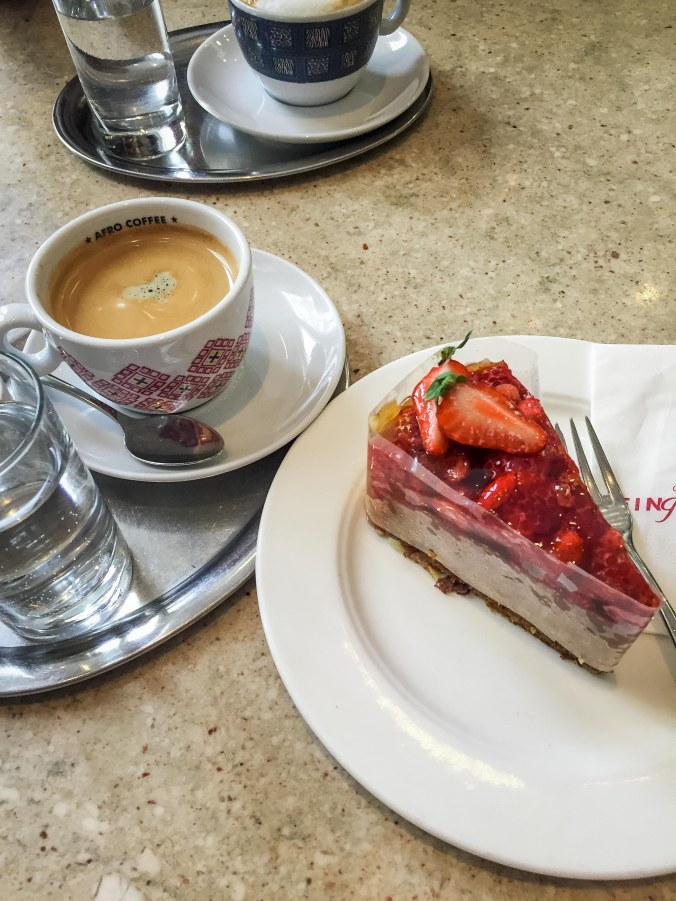 Salzburg_food_cafe_fingerlos_coffee