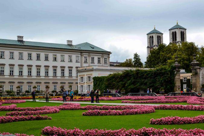 Salzburg_mirabell_garden_pink flowers