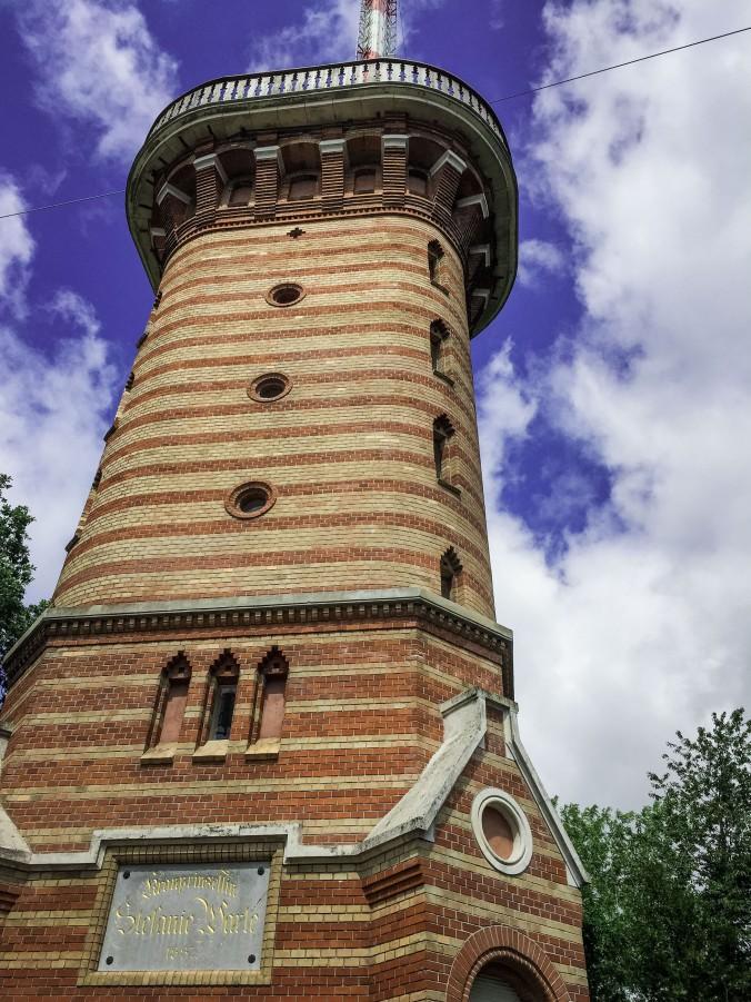Vienna_hike_Kahlenberg_sefaniewarte_observation tower.jpg